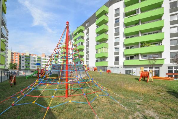 Посреднические услуги агентства недвижимости в словакии